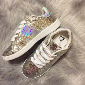 Shoes - Women's glitter and iridescent sneakers